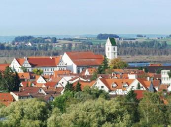 Ausblick überBad Buchau und den Federsee - Panorama