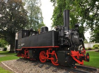 Stillgelegte Federseebahn auch Kanzachtalbahn oder umgangsprachlich Buchauer Zügle genannt war eine 29 km lange Schmalspurbahn, die von Bad Schussenried über Bad Buchau und Kanzach nach Riedlingen fuhr