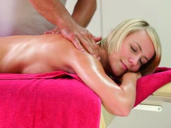 Adelindis Therme - Rückenmassage